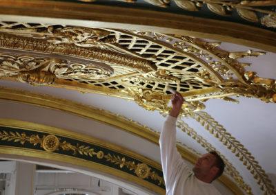 Restauration-Dorures-Salle-Empire-Hotel-de-Paris-Monaco-Monte-Carlo-(2)