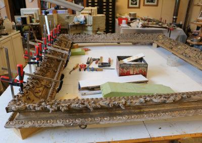Cadre-Regence-en-bois-sculpte-dore-Consolidation