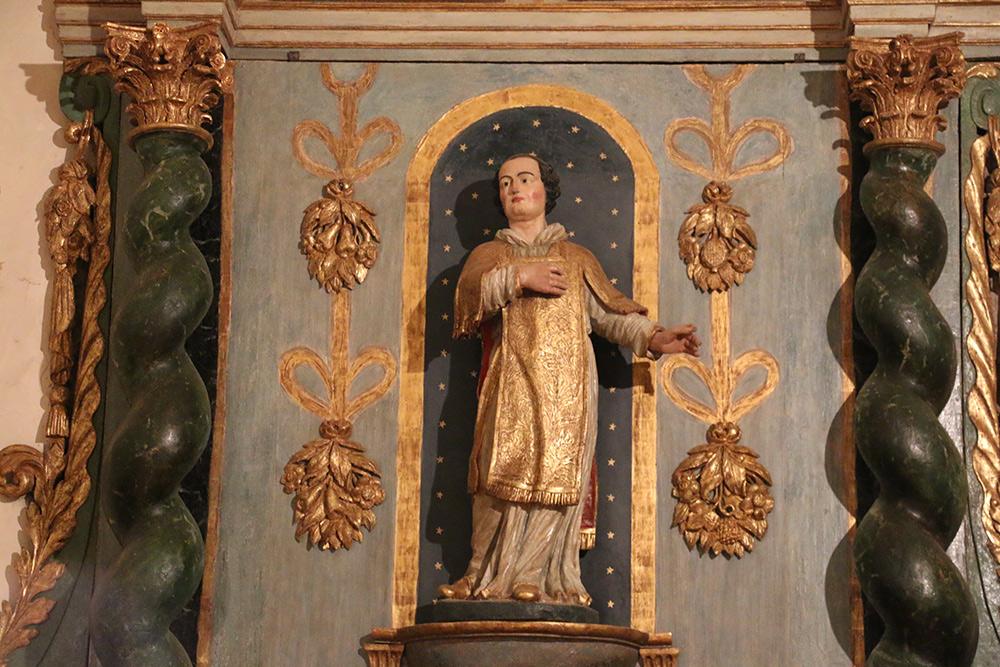 Retable et Maitre Autel Eglise Saint Laurent Commune de Ventavon
